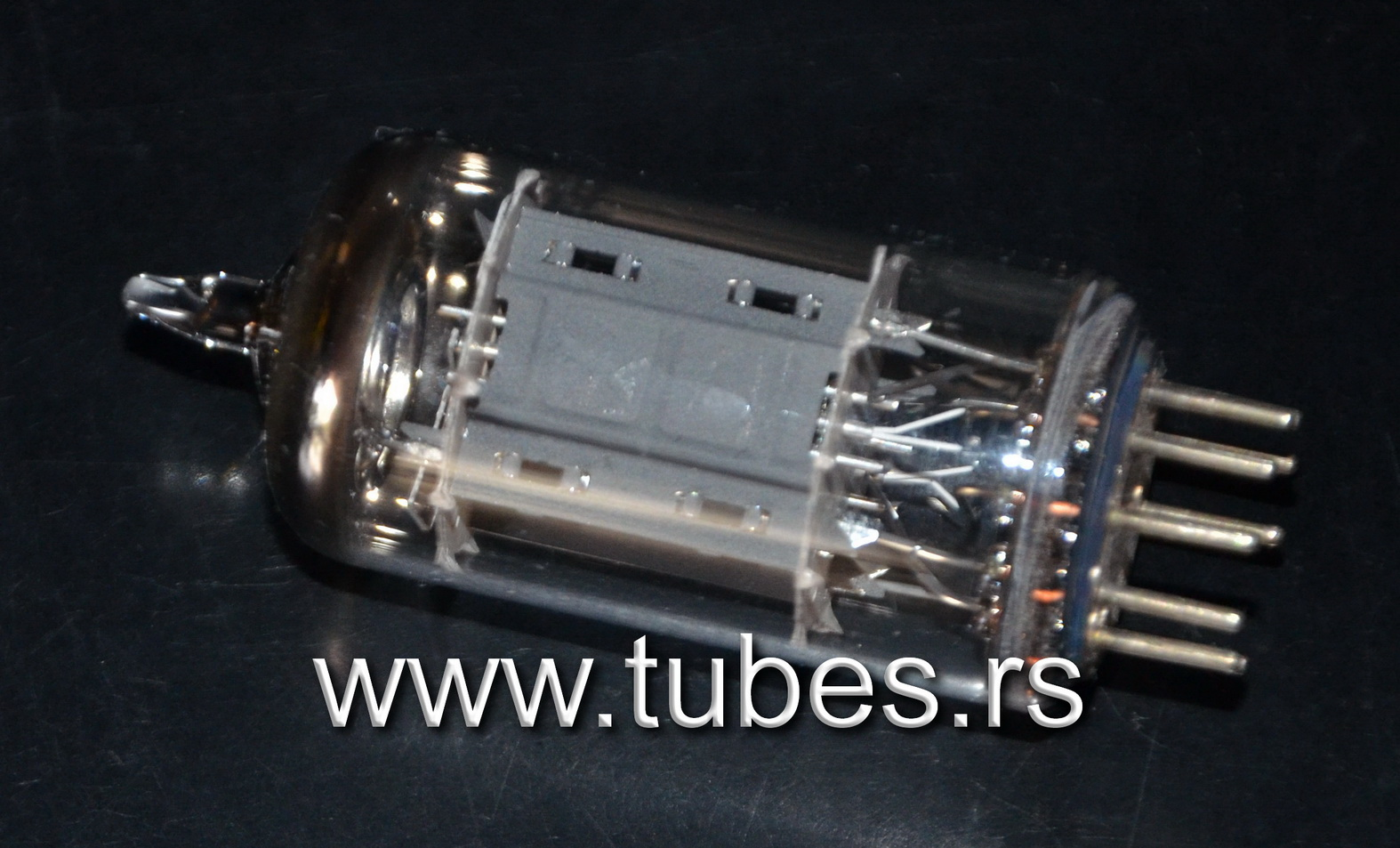 12AX7 ECC83 Telefunken Ribbed plates