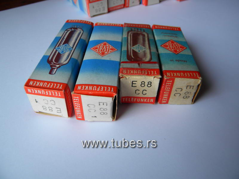 E88CC_6922_Telefunken boxes